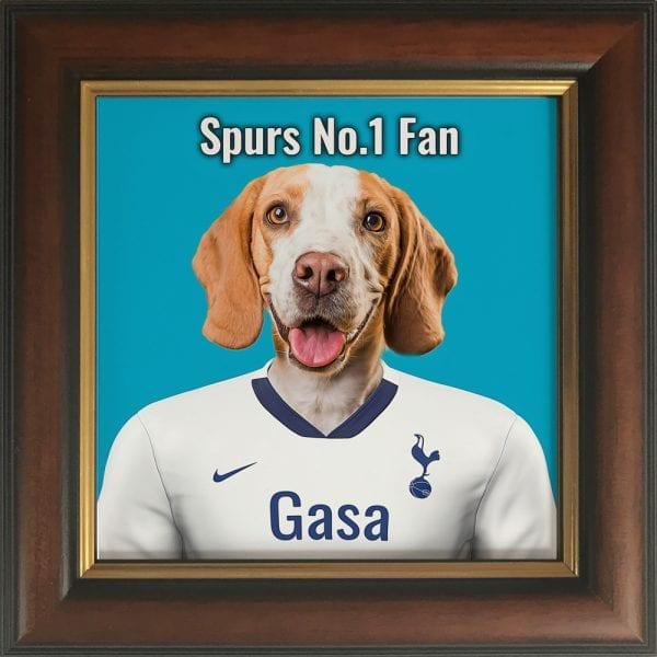 Your pet portrait - your pet in spurs team colours. This is a personalised, handmade item of a a pet in the team colours on a ceramic art tile in a brown and gold frame. Fantastic gift for any Tottenham Hotspur F.C. fan.